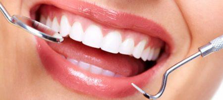 Trồng răng sứ bao nhiêu tiền?
