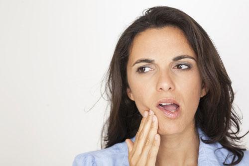 Cách khắc phục sưng nướu răng trong cùng do răng khôn
