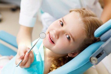 Điều trị chảy máu chân răng ở trẻ em