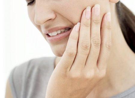 Nhổ răng không số 8 có ảnh hưởng gì không ?