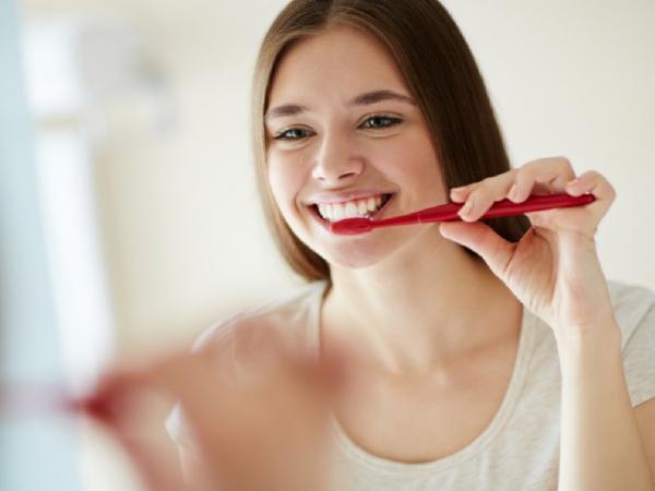 Tẩy trắng răng cho phụ nữ mang thai