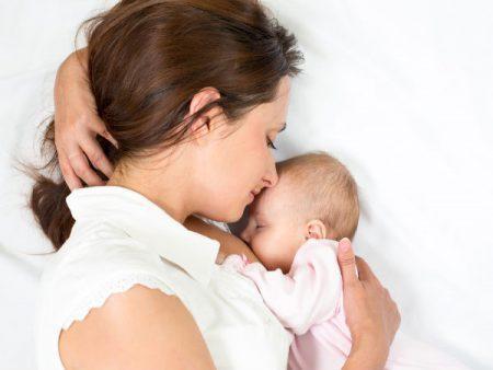 Tẩy trắng răng sau khi sinh em bé có được không