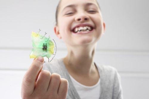 Niềng răng trẻ em giá bao nhiêu tiền?