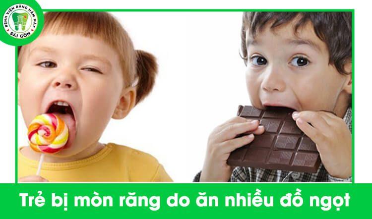 răng sữa của trẻ bị mòn