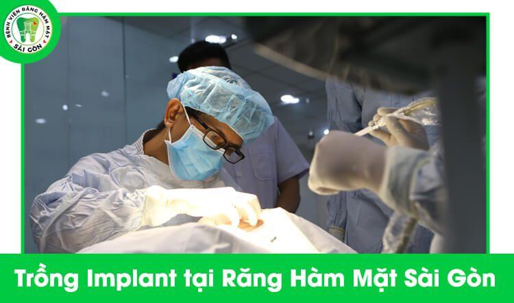 trồng răng Implant trả góp tại TPHCM
